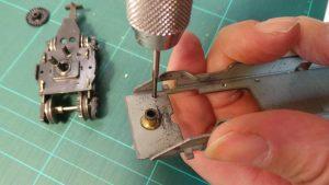 Remotorisation des locomotives-jouef avec châssis métallique à 4 roues motrices